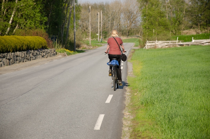 Annika cyklar