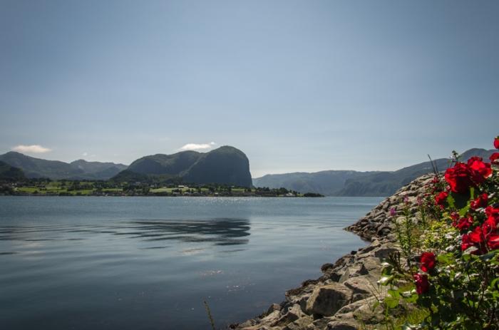 I början av Lysefjorden