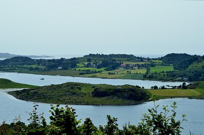 Fin vy över Hafrsfjord