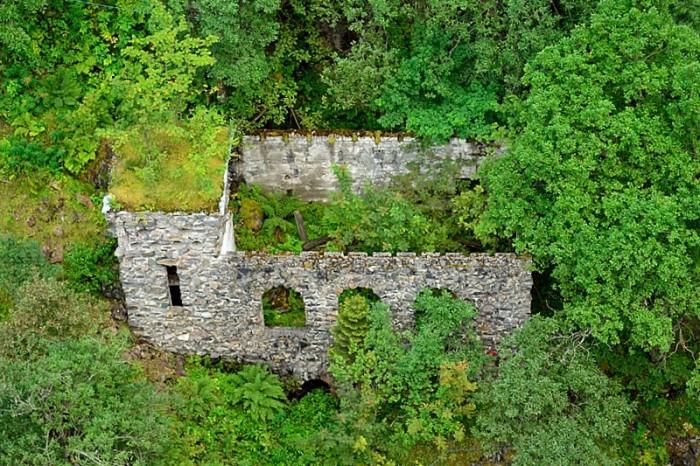 Ruinen i ravinen
