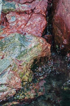 Färgglada klippor
