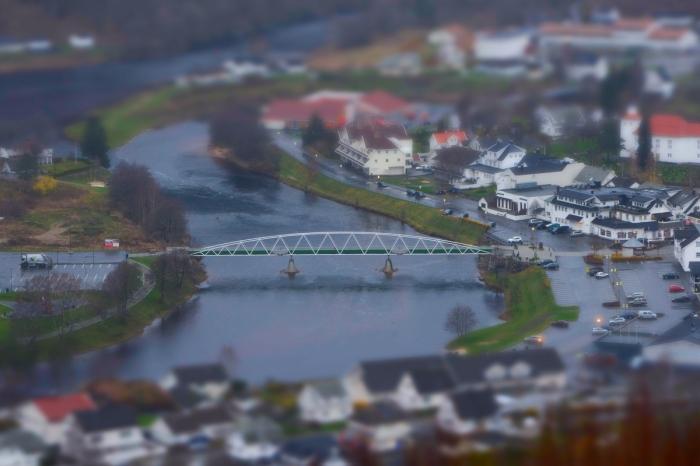 Bron i Kvinesdal