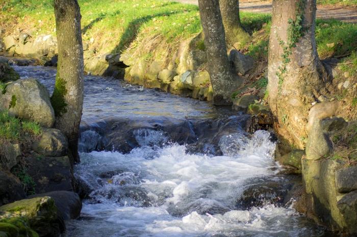 Porlande vatten
