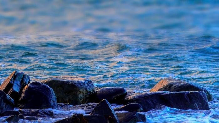 Stenar och hav