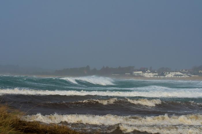Höga vågor