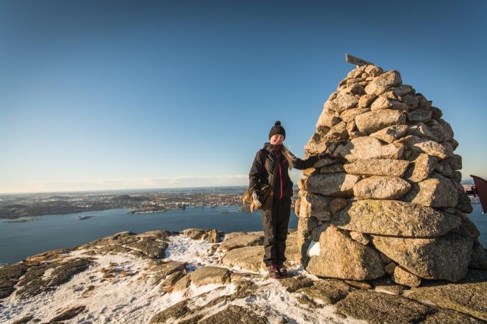 Annika på Lifjell-toppen