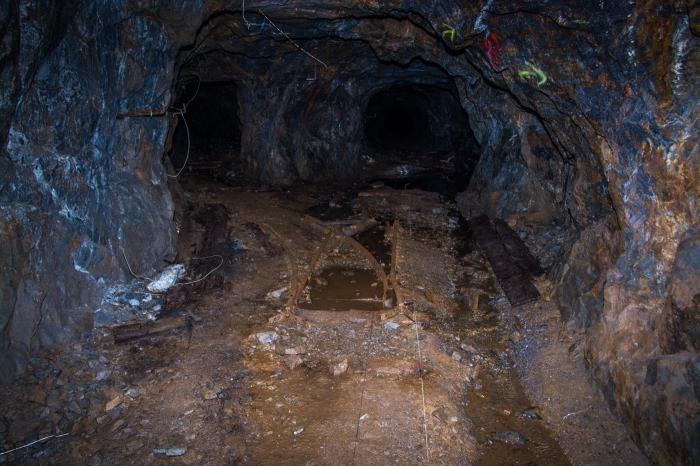 Ett vägskäl i gruvan