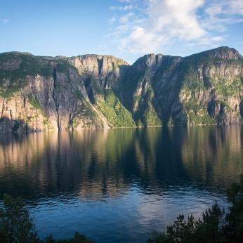 Klippor i Jøsenfjorden