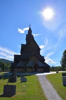 Den vackra kyrkan i Heddal