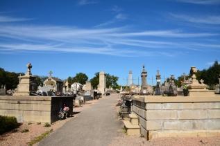 Kyrkogård/Minneslund