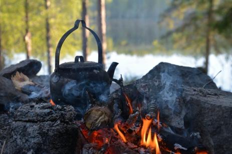 Morgonkaffe vid Lilla Älgsjön