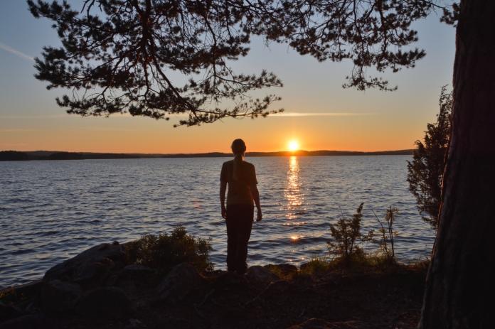 Annika i solnedgången
