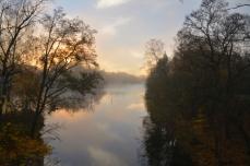 Strömsholms kanal i morgondimma