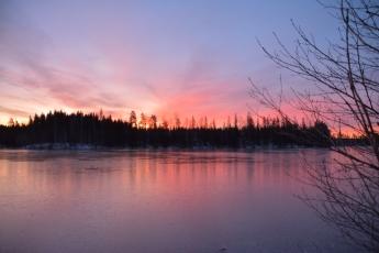 Brinnande morgonhimmel
