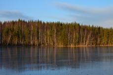 Sol på andra sidan sjön